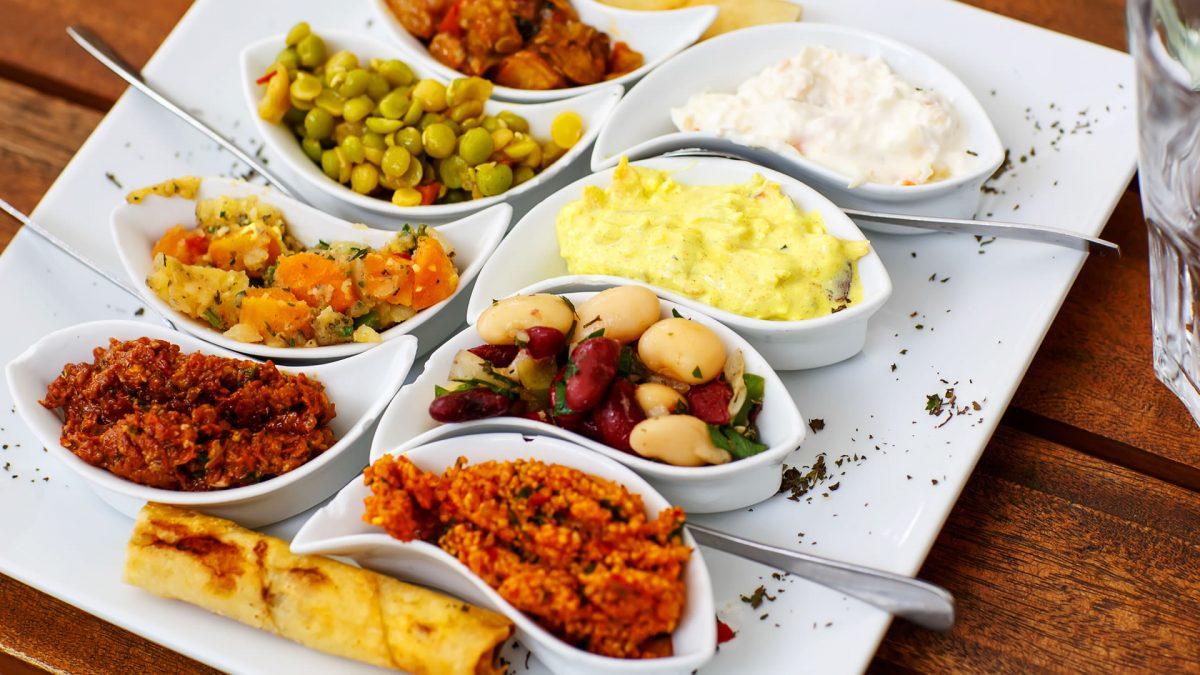 Cuisine grecque mezzedes grecques ou collations